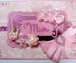 Hugs 'n' Kisses Mum Card