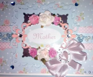 Hugs 'n' Kisses Mother Card